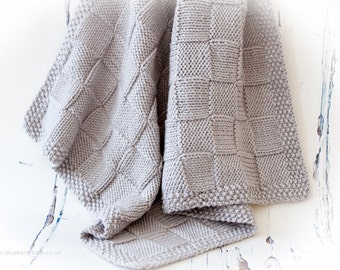 Knitting Pattern/DIY Instructions - Chunky Checks Baby Blanket