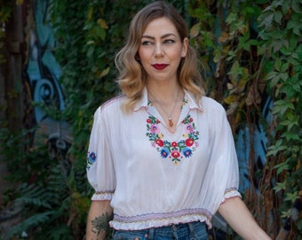 Vintage 1940's/ 1950's Embroidered Hungarian Blouse/ Boho Semi Sheer White Peasant Blouse/ Hand Embroidered Shirt