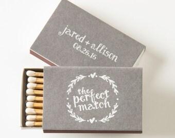 Custom Matchboxes with Heart Wreath - Elegant Wedding Favors, Wedding Matches, Wedding Decor, Personalized Matches, Rustic Wedding