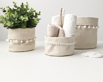 NATURAL BASKET STORAGE / 100% natural coton + pompons / organizer desk, plants, bathroom, make-up / la petite boite / handmade in Quebec