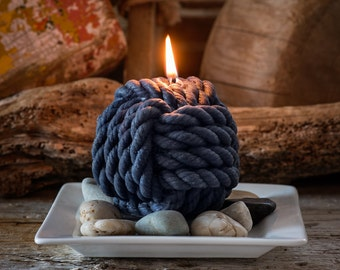 Nautical Monkey's Fist Beeswax Rope Candle Large
