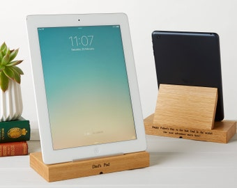 Personalised Oak Tablet, iPad Stand, Tech Gifts, Gifts for Dad, Father's Day Gift, Personalized Dad Gifts, Tablet Stand Docking Station