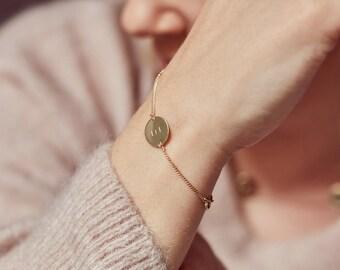 CLARA - Echtgold Armband mit Plättchen (333er Gelbgold, 585er Weiß- und Roségold zur Auswahl) persönliche Gravur, Geburtsgeschenk, Muttertag
