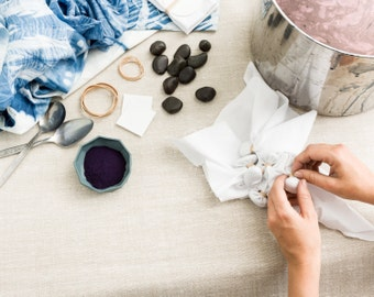 Indigo dye vat DIY kit. Make your own vat for dyeing fabric and yarn. Natural bio Indigo from India