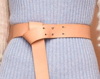 breiter Gürtel aus pflanzlich gegerbtem Leder, natur, Gürtel, echt Leder, Ledergürtel, Minimalismus, schlicht, schlichter Gürtel, Naturleder