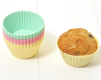 Reusable silicone baking cases, cup cake cases, muffin cases, silicone bakeware, muffin kit/baking kit/baking lover gift/cup cakes,