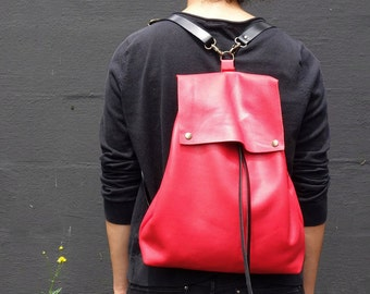 Sac à dos cuir minimaliste, sac à dos femme chic, sac à dos ville, sac à dos cuir italien, sac à dos shopping, sac à dos en cuir pour elle