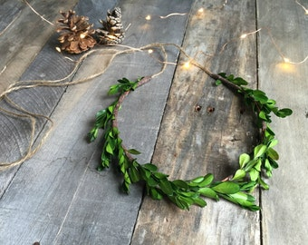 Boxwood crown, woodland crown, leaf wreath, woodland headpiece, natural crown, rustic wedding, leaf hairband, hair accessories