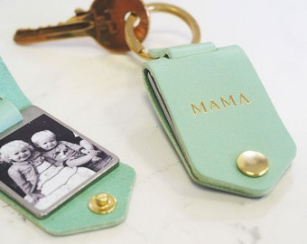 Personalised Photo Keyring in Leather Case + Initials - Handmade Father's Day / Birthday Gift for Dad or Mum, Photo Keychain Gift for Him