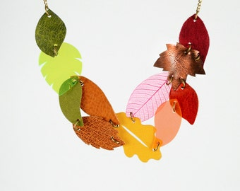 """Statement Bib """"Colorful Dream"""" With 11 Colorful Leaves in Red, Brown, Orange, Yellow and Green, Autumn Leaf Collier Necklace"""