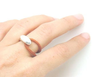 Brown leather ring, metal and leather ring, leather ring, uno de 50 style jewelry, unisex ring