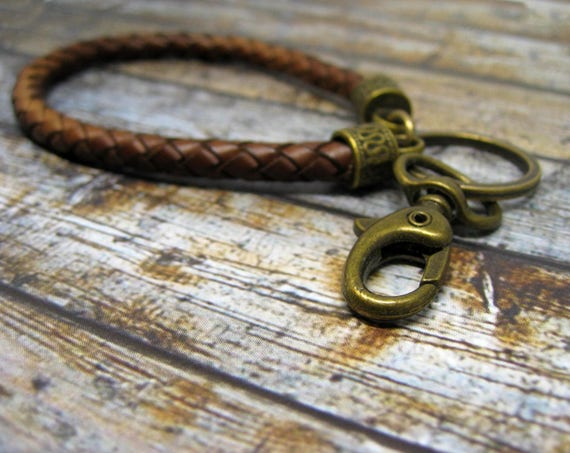 Leather keychain Leather key ring Leather key fob 20/% Sale Braided Leather Keychain Leather Keychain with Sam Browne Button Stud