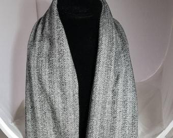 Mobius Infinity Scarf in Gray Herringbone Knit