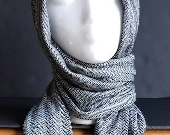 Shawl Scarf in Gray Herringbone Knit