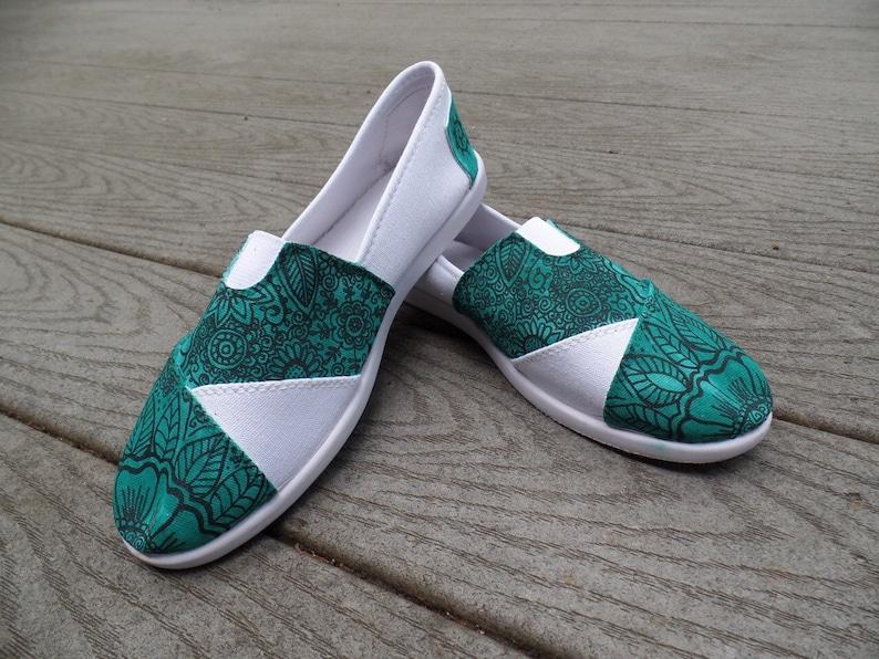 9800455e3c8918 Floral Henna Mehndi Design. Veridian. Slipons customized