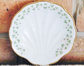 Royal Tara Ireland Trellis Shamrock shell shaped fine bone china pin dish, butter dish, 24K gilt edge, green and white, gift idea