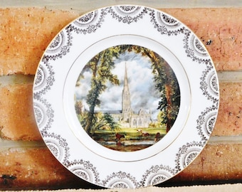 Reli Washbourne porcelain plate featuring Salisbury Cathedral, made in England, vintage 1970s