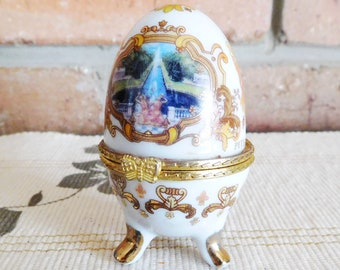 Russian Peterhof Palace footed porcelain egg trinket box, Faberge style, 1980s souvenir