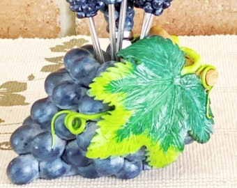 1970s vintage condiment set, 6 pickle forks and pate knife in purple grapes holder
