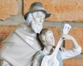 Lladro of Spain vintage Happy Travelers #4652 large porcelain figurine sculpture issued 1969, RARE