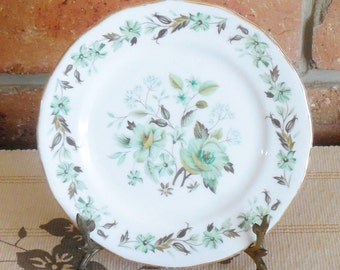 Colclough green floral detail 16cm bone china side, butter, bread plate 1960s high tea