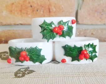 White porcelain serviette, napkin rings with holly and berry motif, Christmas theme, vintage 1970s
