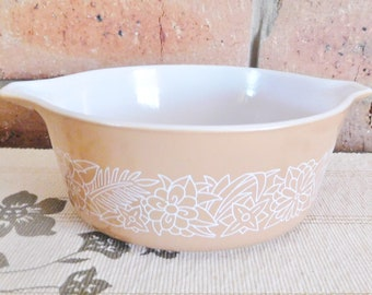Pyrex 472-B Woodland tan casserole dish, 750ml, oven proof, family dinner