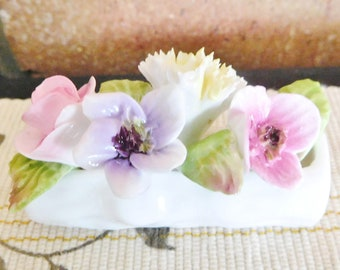 Coalport bone china miniature log with flowers, floral posy, vintage 1980s