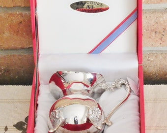 Harcourt vintage silverplate footed jug, original red velvet box, wedding gift, Downton Abbey party, movie prop, high tea