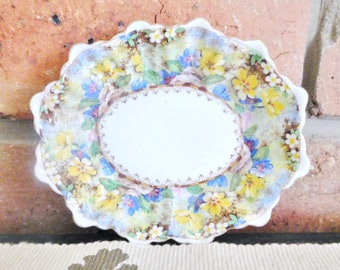 Royal Albert 1920s eggshell porcelain deep fluted edge pin dish 'Mary's Garden'