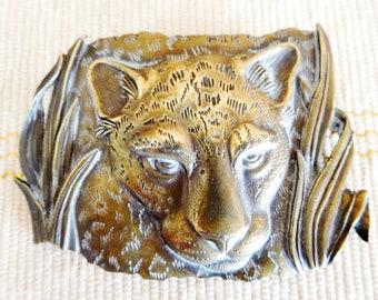 JJ Jonette Jewelry 1986 signed brass leopard brooch