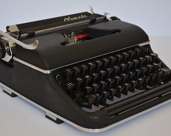 Typewriter OLYMPIA SM 2 black - working typewriter