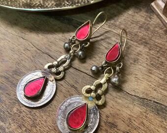 d1e57ab619eb Vintage ornate Turkomen nomad coin glass earrings