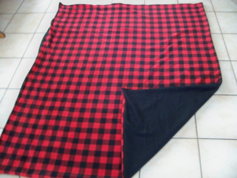 Nice Lumber Jack Red /& Black Checkered All Fleece Throw Blanket