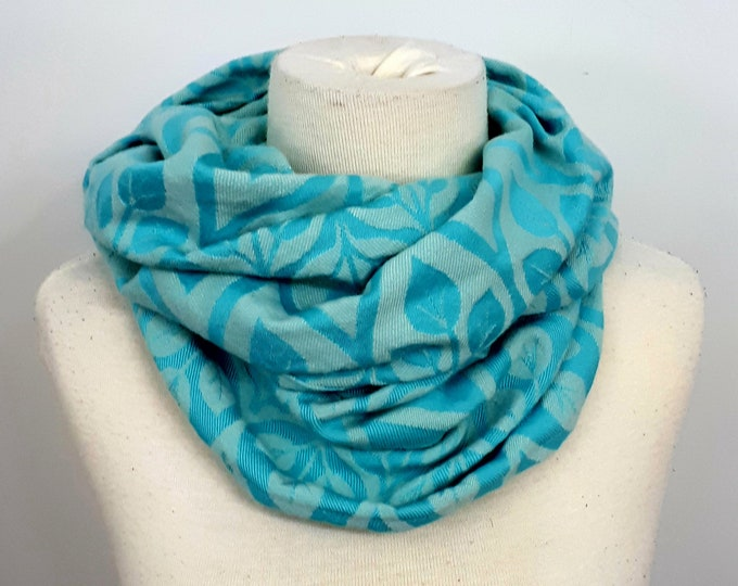 Wrap conversion winter cowl / neck warmer / snood -- Yaro