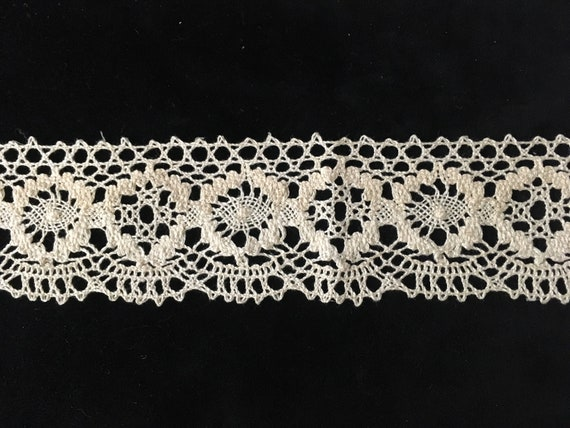 """1 y OFF WHITE crochet cluny lace cotton double scalloped lace trim 2/"""" US SHIPPER"""