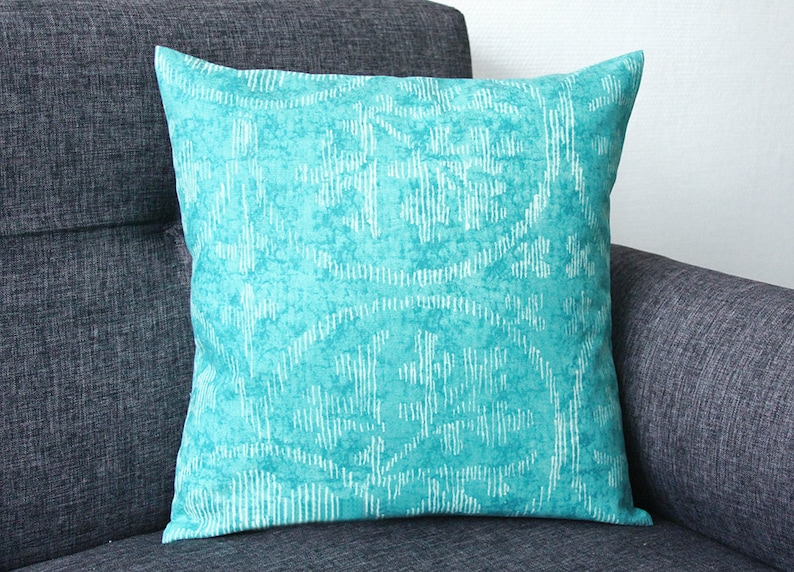 Cushion cover Model TURQUOISE blue 15.75x15.75 in