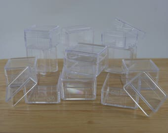 set of 12 mini clear plastic boxes with lid, gift box, beads box, jewelry box, miniature boxes, earring box, size 3cm x 3cm x 2cm