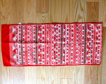 Vintage 70s Red, Pink, and White Monique Martin Ladies Scarf