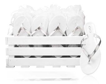 8b2e599d0379 30 white and silver wedding flip flops presented in a beautiful crate