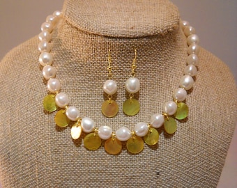 """White Baroque """"Pearls"""" with Yellow-tinted Shell Disc Dangles Necklace & Earring Set"""