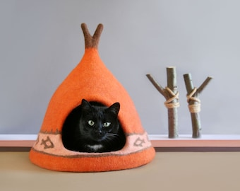 Cat house,  Cat cave, Cat bed, orange, brown, Natural wool, Eco friendly