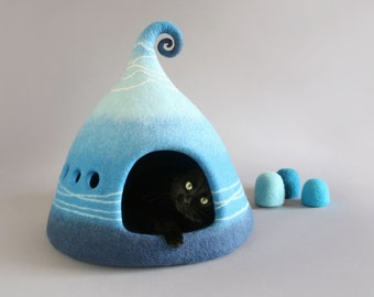 Cat bed, Cat cave, Felted cat cave, Cat house, Fantasy cat cave, Felted cat house, Pet house, Pet bed, Natural wool, Eco friendly