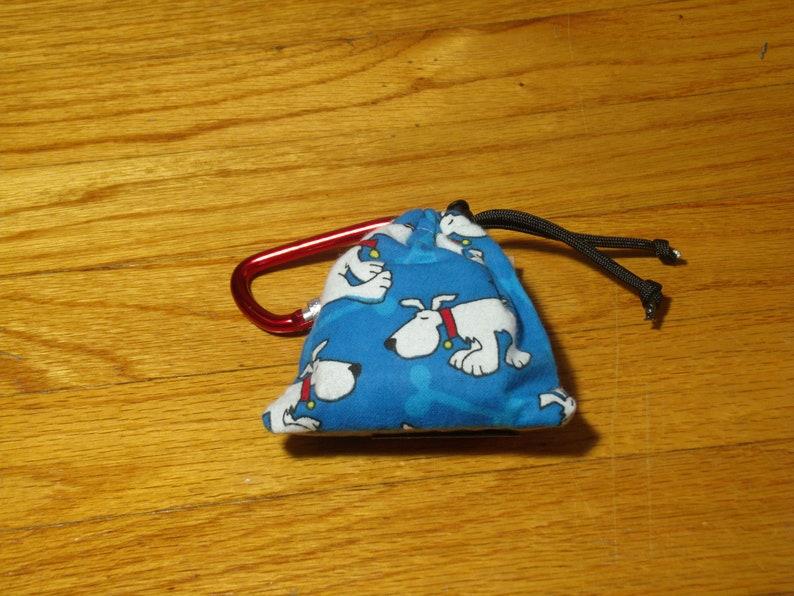 Poop Bag Dispenser White Dog w/Biodegradable Bags No Balm