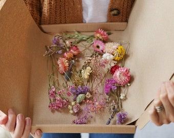 Assorted Dried Flower Offcuts
