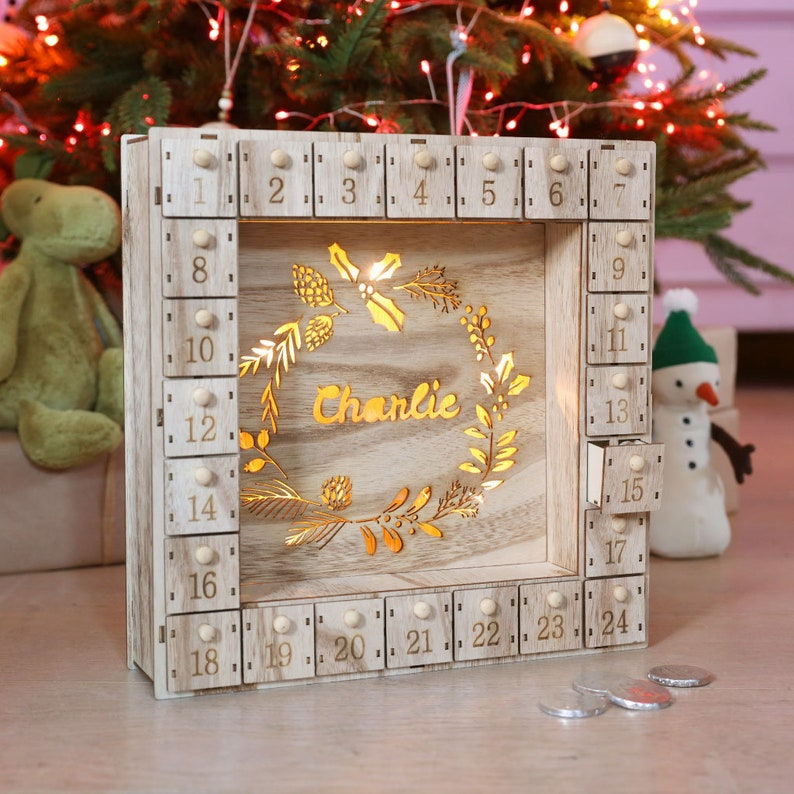 Personalised Fill Your Own Wooden Wreath Advent Calendar Light image 0