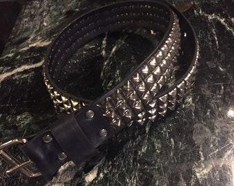 Three row pyramid studded belt
