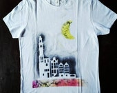 Hand painted Woman size M/t Shirt Size M