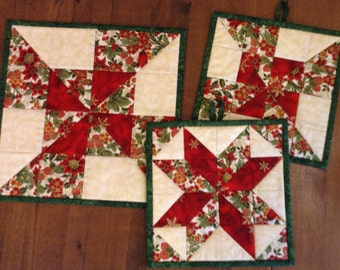Quilted Christmas Tablemat with Matching Trivet/Potholders