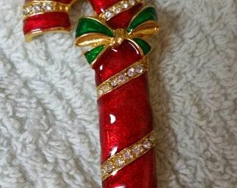 ec1a867319021 Wonderful candy cane holiday pin.